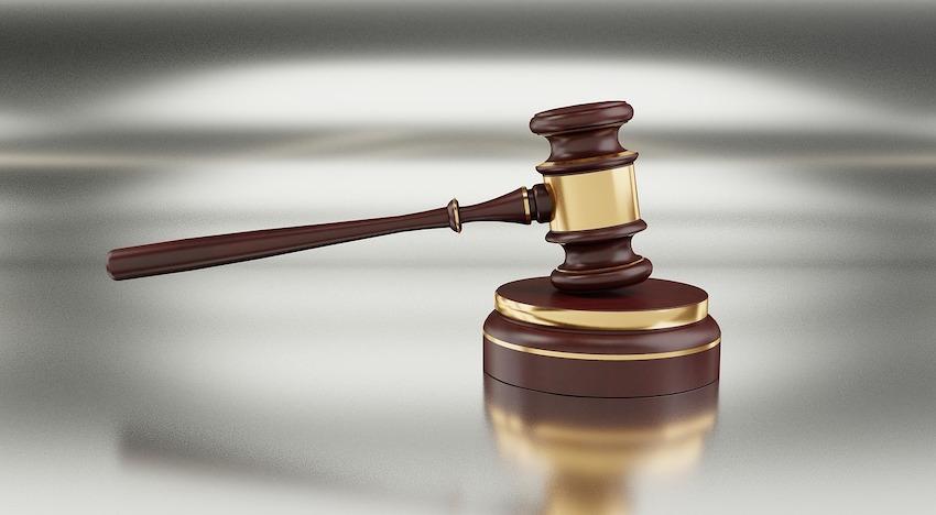 Sądy skazane na dłużników